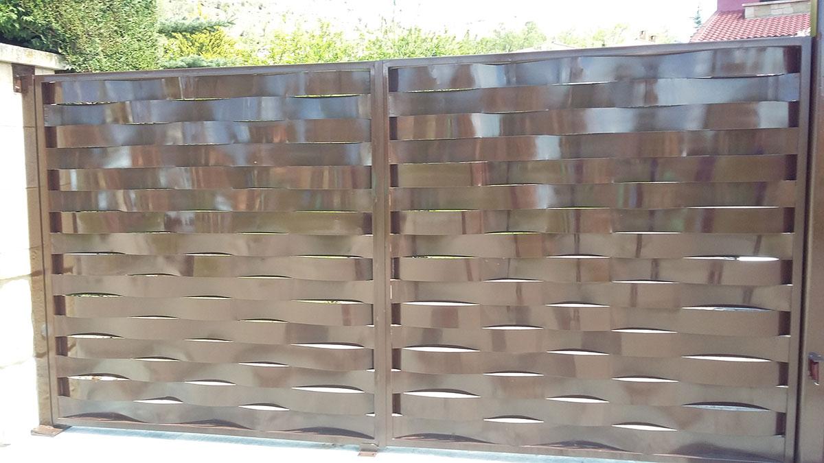 Puertas Correderas Construcciones Metalicas Tierno Sl Soria - Puerta-corredera-metalica